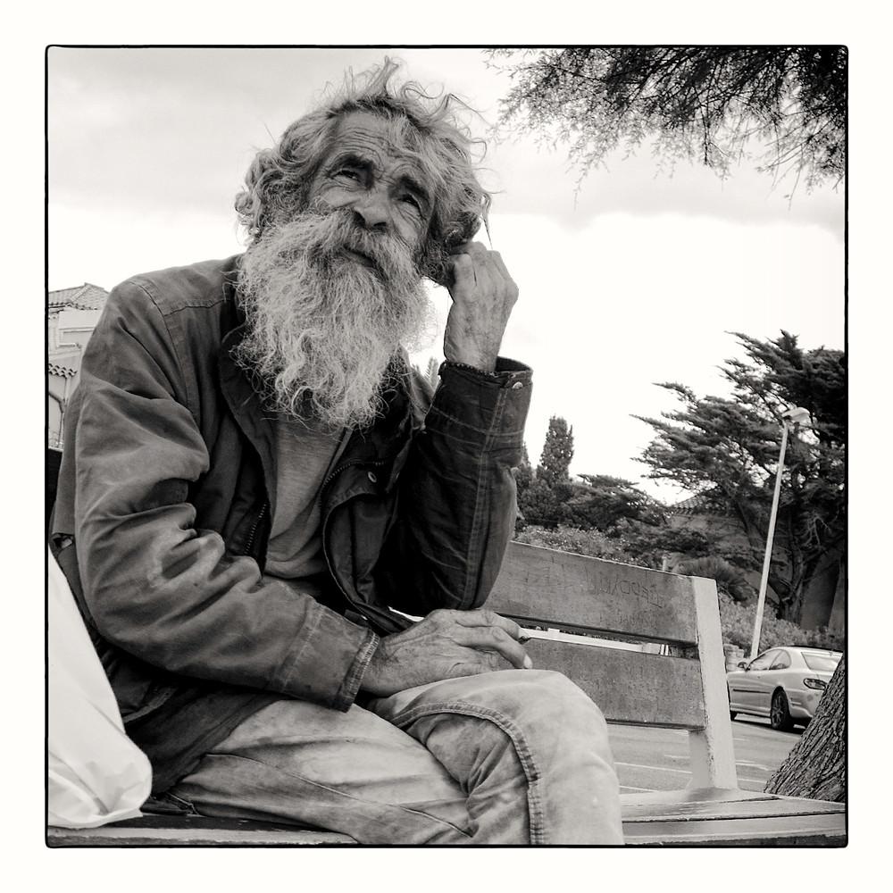 La France. Homeless living at the seaside