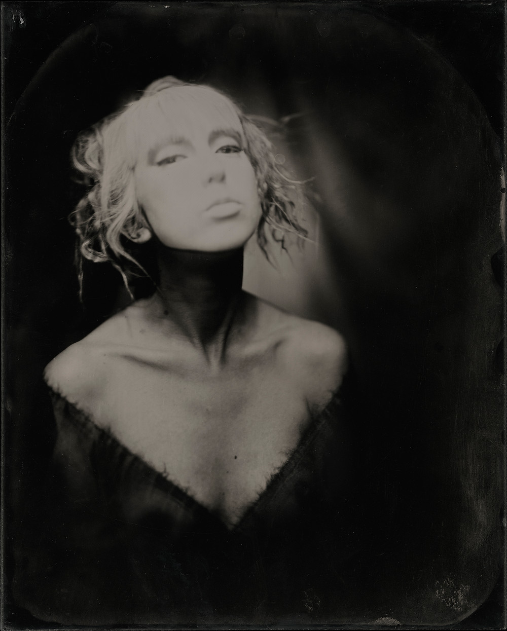 Model: @lucy.magdalene Makeup by: @cakefacemagic 8x10 plexitype (wet plate collodion on plexiglass) Wet plate collodion is an antique process invented in 1850. It is a liquid emulsion, shot in-camera, and developed on the spot.