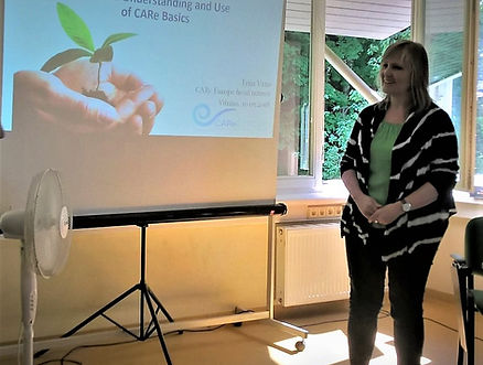 Triin Vana presenting the CARe Approach.