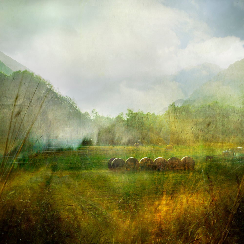 """The Pelvoux"" represents a view of the French Alps, I worked out my pictures like a painting"