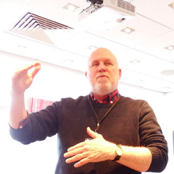 Dr David Blazey