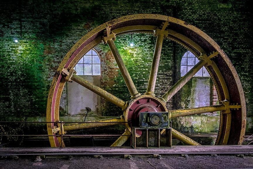 Funicular System Wheel.JPG