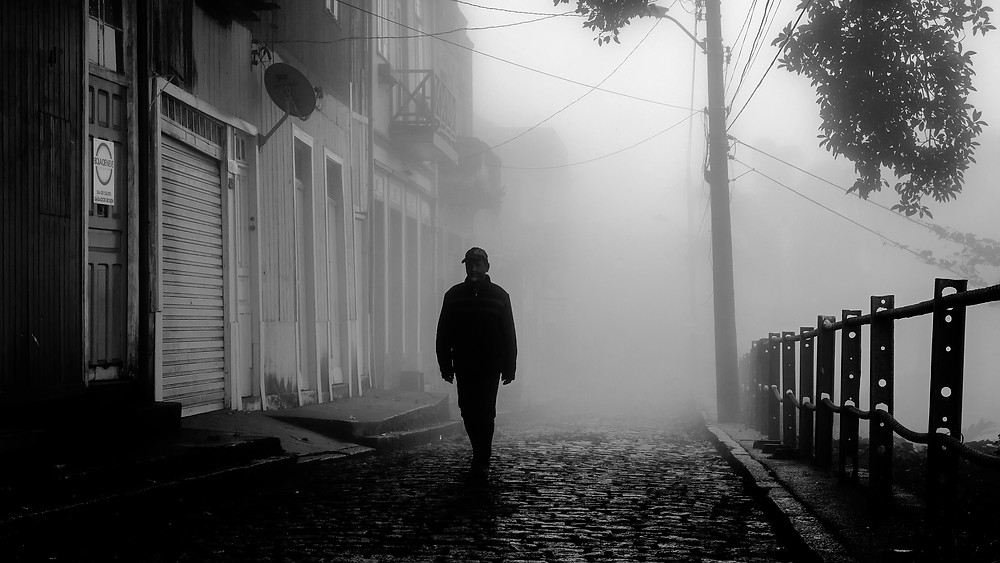 A resident of Paranapiacaba walking by William Speers Street.