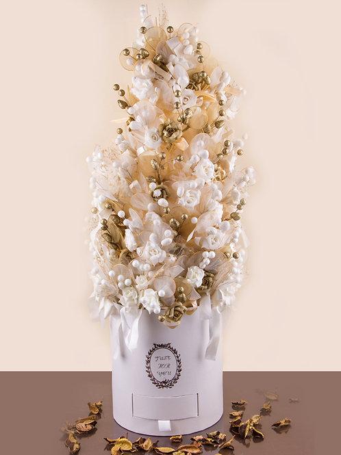 עיצוב פרחים דרגייה לבן זהב