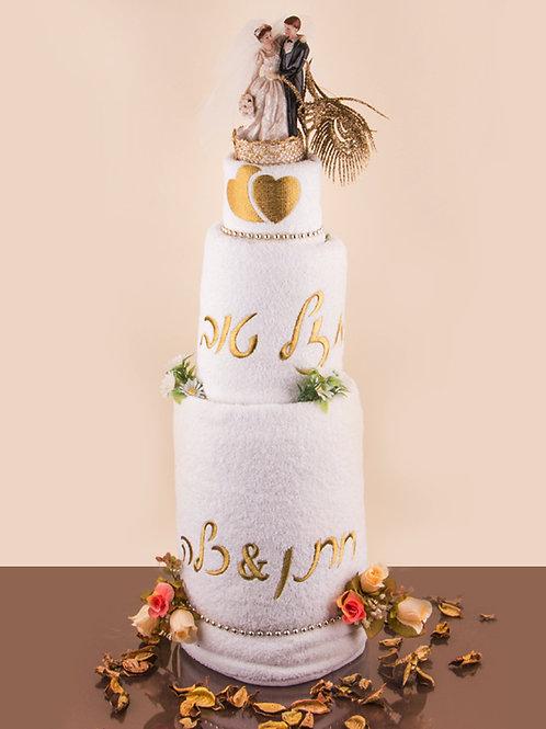 עוגת מגבות חתן כלה עם עיצוב