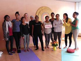 Yoga-Gruppe Sept. 2017.JPG
