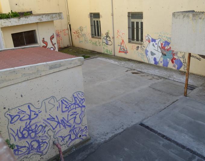 Realizzazione pavimentazione cortile