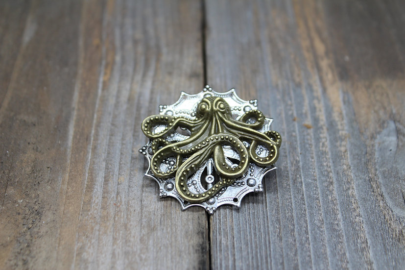 Octupus Round Filigree Pin