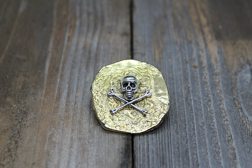 Skull N Bones Piece of Eight Pin