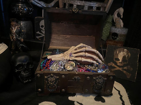 TREASURE CHEST2.JPG