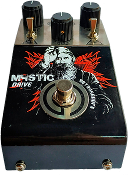 Mystic Drive Front inclinado.png
