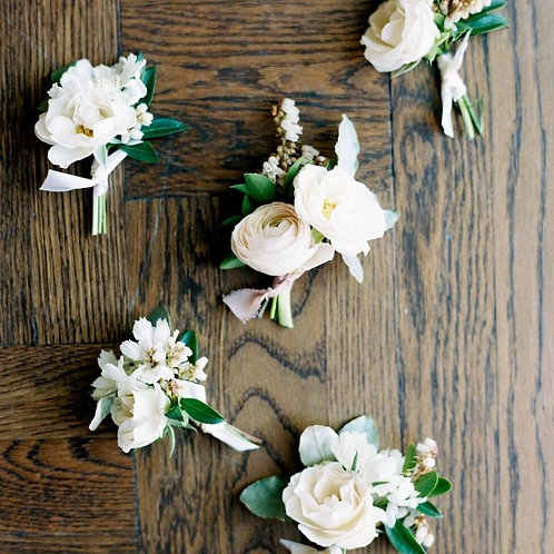 Boutonniere Double Bloom