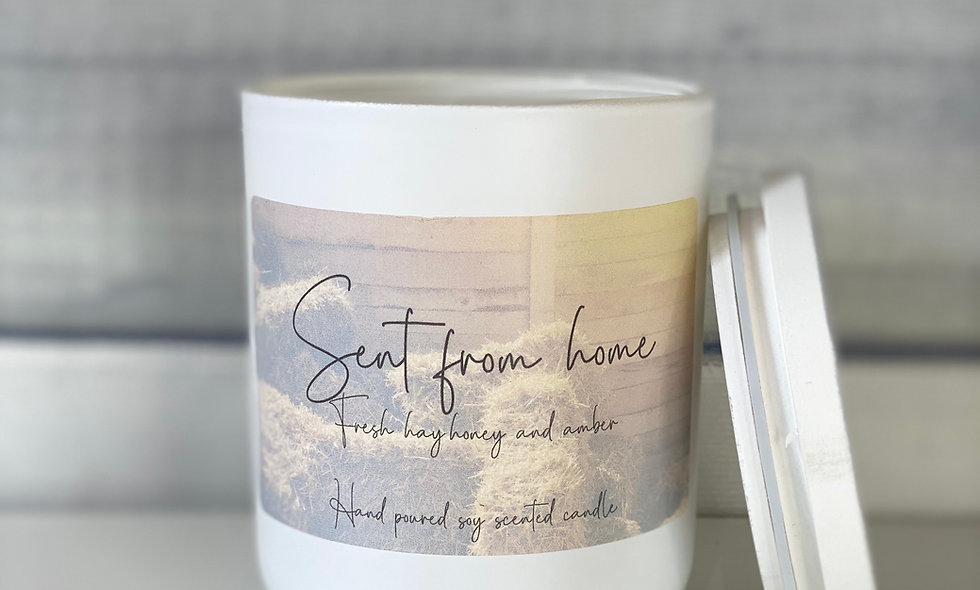Scent From Home Candle - Fresh Hay, Honey and Amber