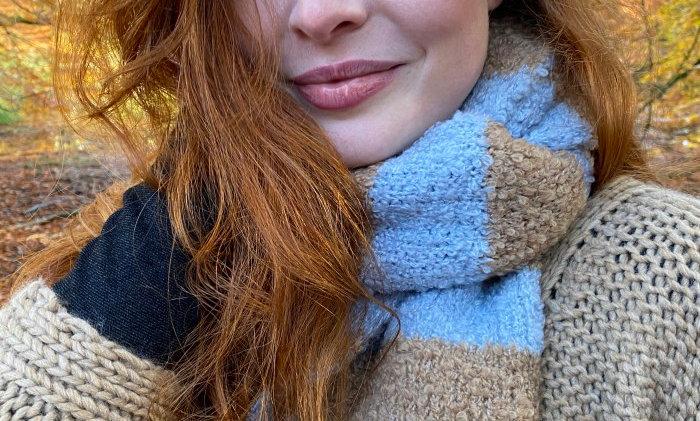 Black Colour Teddy scarf