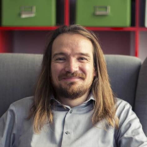 Brendan Dolan-Gavitt Headshot