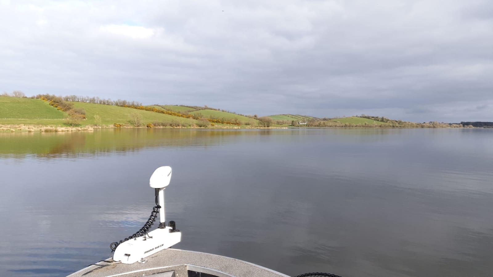 lac-vue-peche-truite