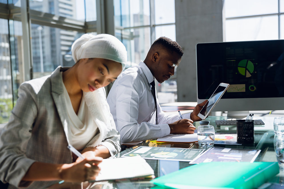 male-and-females-executives-working-toge