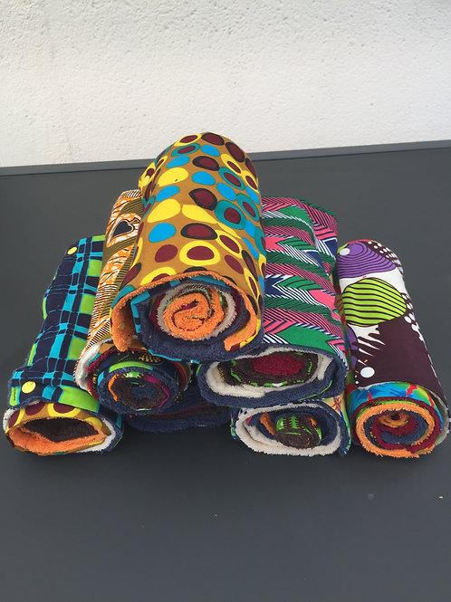 cet essuie tout composé de 7 lingettes de 24X24cm en wax, tissu africain est réutilisable, lavable.Zéro déchet