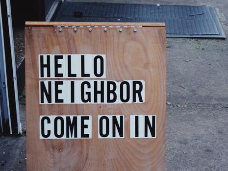 Wie stelle ich mich bei meinen neuen Nachbarn vor?