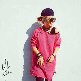 Pink One (2).jpg