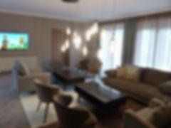 lobby11.jpg
