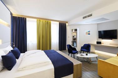 KVI hotel bútorok