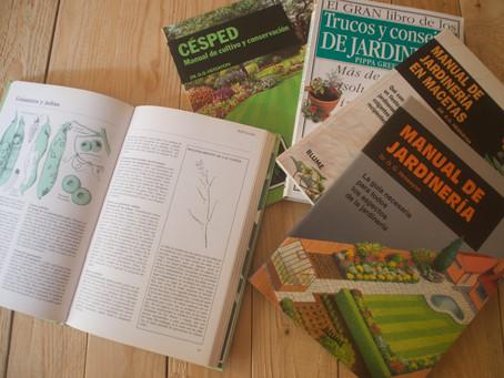 5 libros que deberías tener si te gustan  las plantas