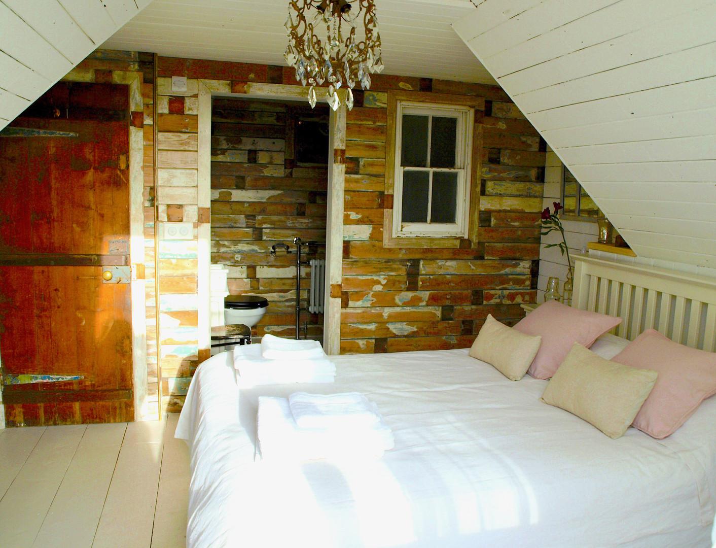 bedroom 2 g.jpg