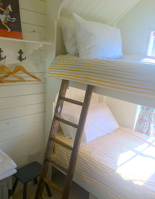 bunk bedroom 4 b.jpg