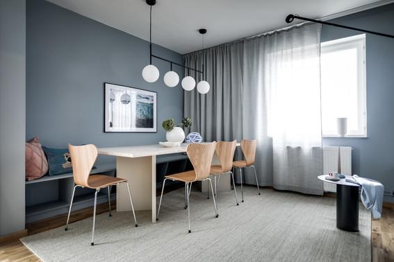 Social dining room