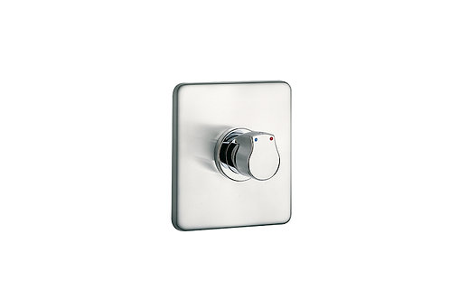 Sprint Self-closing built-in shower faucet with square wall plate