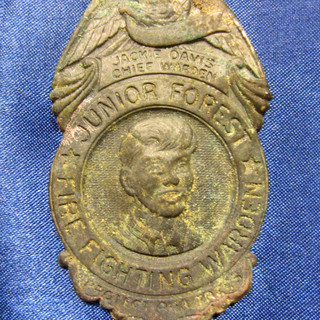 1939 - Fire Fighting Wardon Badge