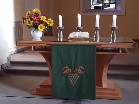"""""""Hier stehe ich…"""" Gottesdienst nach der KonfiNacht am 10.10.2021 in Lichtenau"""