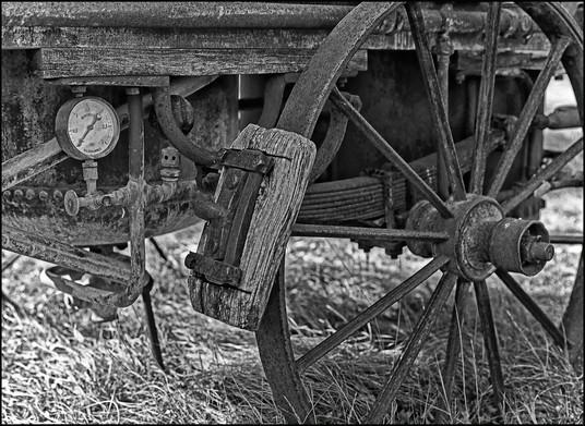 . Détail d'un chariot-alambic ambulant . 2012 .