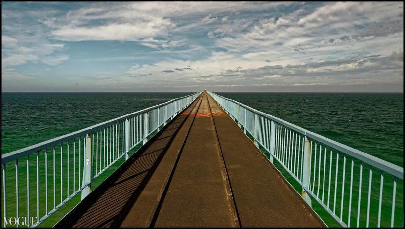 . Marcher sur l'océan .