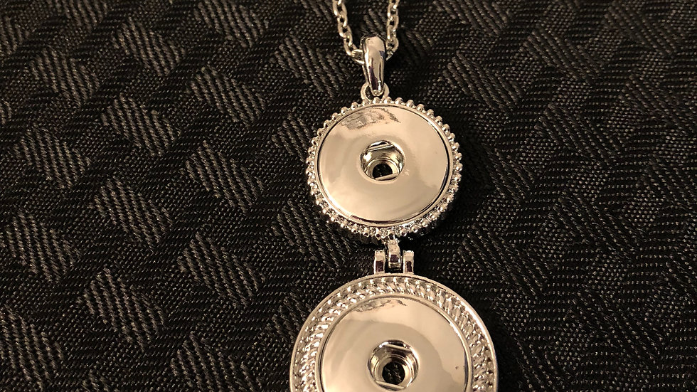 Two Snap Necklace