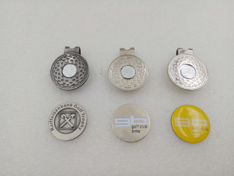 Ball markers unattached