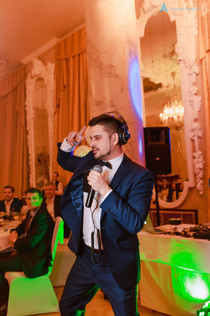 Ведущий на корпоратив Алексей Авдонин