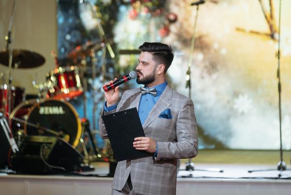 Ведущий корпоративных мерпориятий и вечеринок Алексей Авдонин