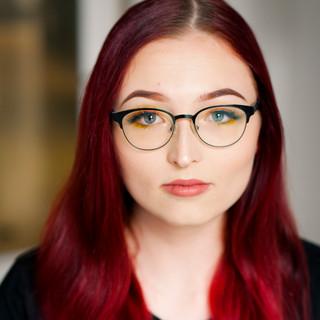 Carlee - Hair & Makeup Artist