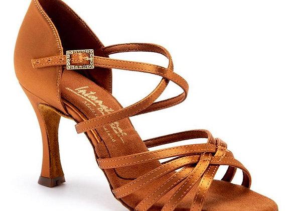 "International Flavia - 2.5"" Flared Heel"