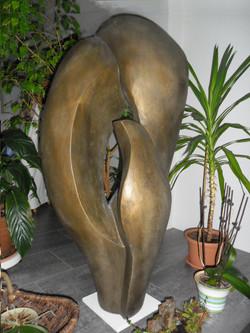 Sentiments 51x56x117cm Bronze