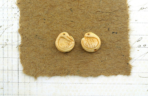 Bone Swan Beads