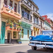 De Bares y Cantinas por La Habana y Varadero