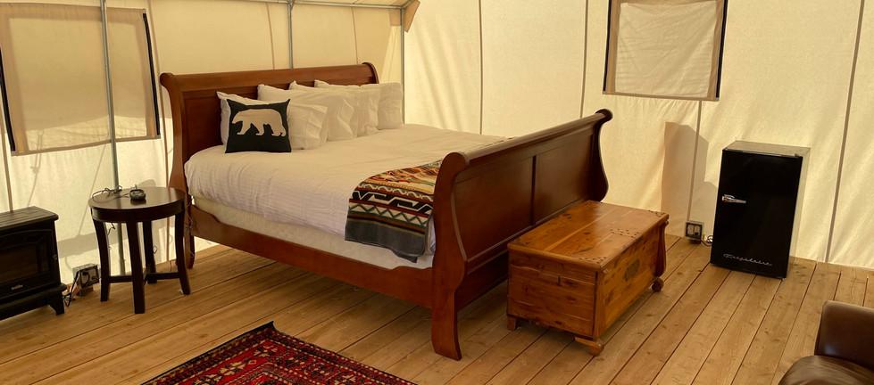 Beaver Dam King Bed