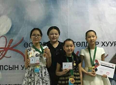 "Students competed in the 15th annual ""Classica"" Junior Pianists Competition"