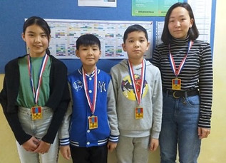 """Students received gold medals form """"Ikh Nuudel 2019"""""""