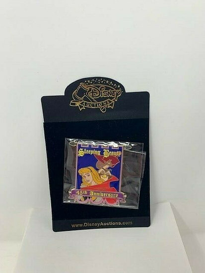 Sleeping Beauty 45th Anniversary Auctions Aurora Forest Friend LE 100 Pin