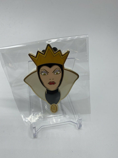 Evil Queen Face LE 500 Jumbo Pin Snow White Old Hag Shopping Store