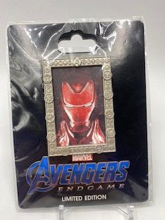 Iron Man Portrait LE 300 Pin DSF DSSH Marvel Avengers Endgame